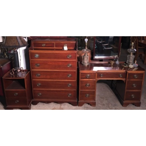 Duncan Phyfe style bed set