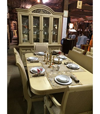 SOLD - Broyhill Dining Set